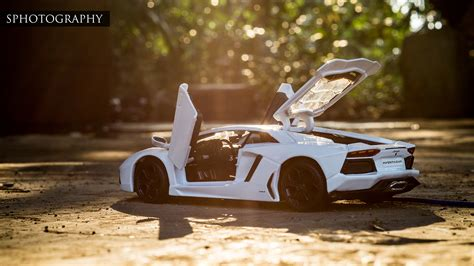 Scale Model Car Photography: Insight