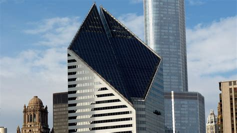 Report: Chicago's famous diamond-shaped skyscraper is for