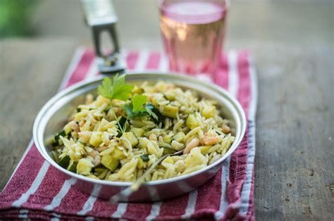 Orzo pasta with prawns & summer courgettes - Jamie Oliver