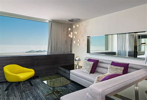 An Updated Lakefront Luxury Hotel in Chicago - Pursuitist