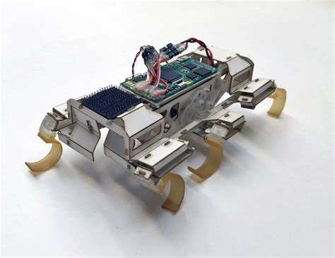 This cockroach-inspired robot uses 'parkour' moves to
