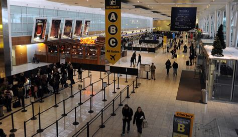 BWI Airport adds three new eateries - Baltimore Sun